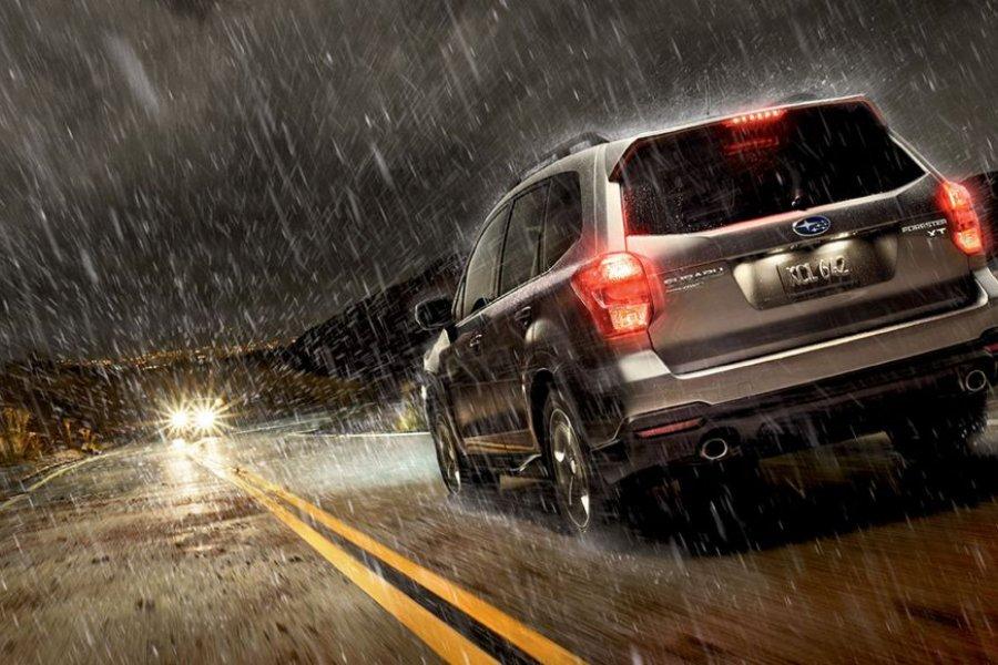 ¿Cómo conducir bajo la lluvia?2020-03-24 00:00:00